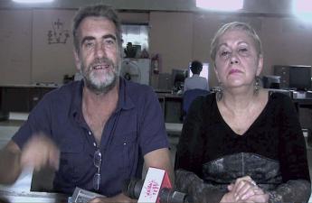 """Roland Denis e Fresia Ipinza annunciano l'occupazione delle terre da parte della comune """"Tierra y Lybertad"""" nello stato di Guárico (Apporea.org)"""