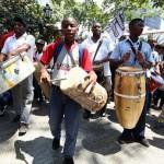 Venezuela: mille tamburi contro i media, marcia per l'anniversario dell'abolizione della schiavitù